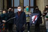Kraków. Domagają się legalnej aborcji. Zorganizowali konferencję pod Muzeum Narodowym [ZDJĘCIA]