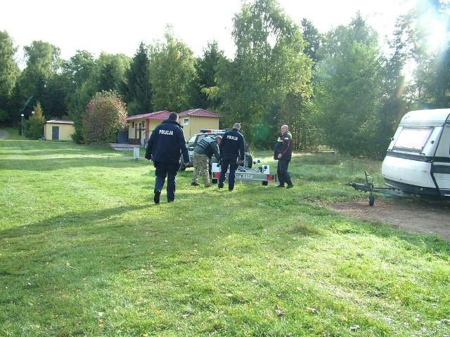 Policjanci wznowili dzisiaj poszukiwania zaginionego wędkarza.