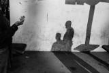 """""""S Andelem uprostred davu"""": Vaclav Podestat i jego najnowszy album fotografii miejskiej RECENZJA"""