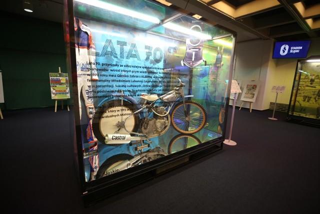 Stadion Śląski uruchomił swoje muzeum Zobacz kolejne zdjęcia. Przesuwaj zdjęcia w prawo - naciśnij strzałkę lub przycisk NASTĘPNE
