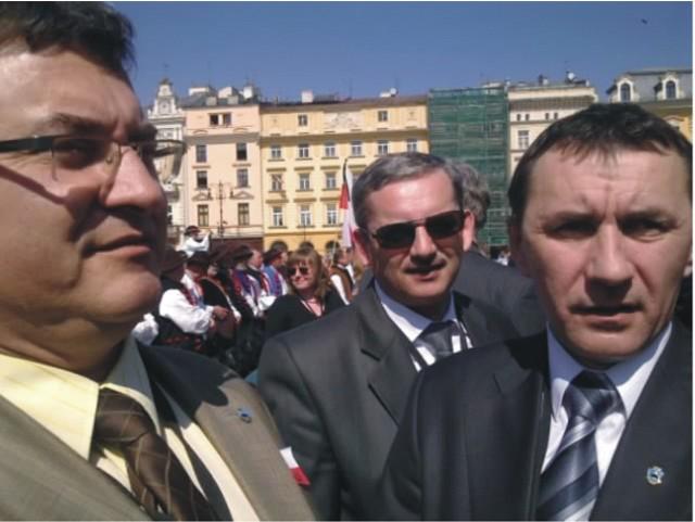 Byliśmy bardzo blisko tych ważnych wydarzeń – mówią Jacek Dygut (nz. z lewej) i Janusz Zapotocki (nz. z prawej) z Przemyśla.