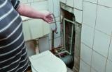 Lokatorzy z bydgoskich Kapuścisk: - Fekalia były w łazience, przedpokoju i pokojach