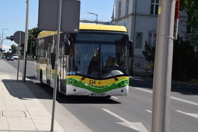 Od czwartku, 18 marca, w autobusach MZK zawieszona zostaje funkcja gorącego guzika. Ma to związek ze rekordowym wzrostem liczby zakażeń koronawirusem