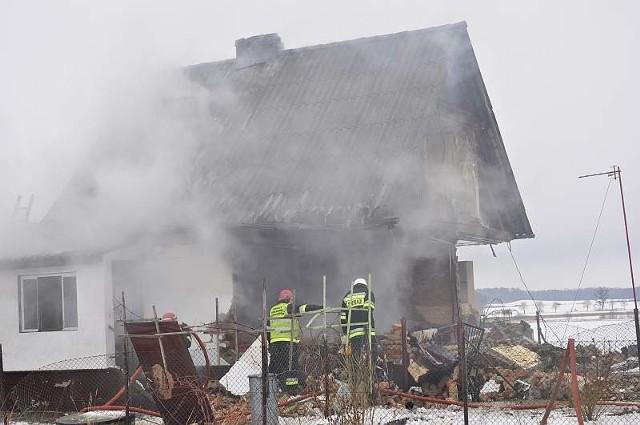 Wybuch w domu w Jędrzejowie pod Grodkowem.