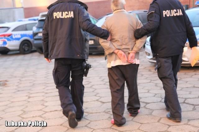 Policjanci zatrzymali mężczyznę, usłyszał on już zarzuty.