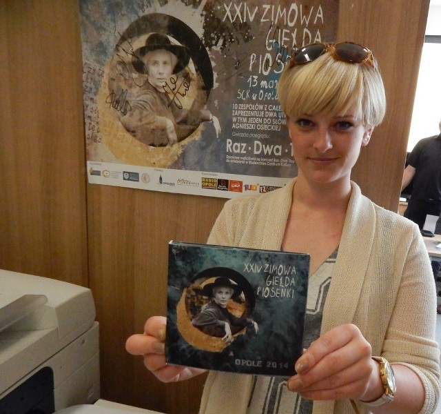 - Wydanie płyty z zapisem przeglądu Zimowej Giełdy Piosenki, to świetny sposób na promocję tej imprezy - mówi Natalia Różańska z Samorządu Studenckiego UO.