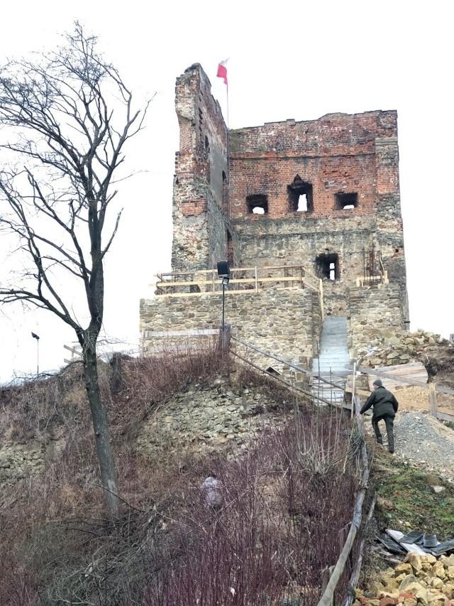 Na szczycie wieży zamkowej znajdzie się platforma widokowa