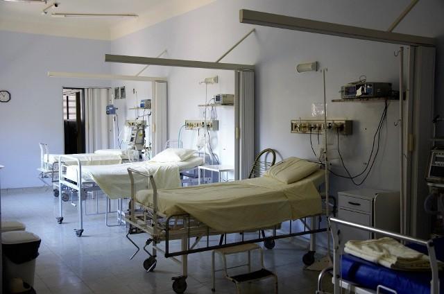 71-latek nie zmarł na koronawirusa we Wrocławiu. Ministerstwo zdrowia wyjaśnia przyczynę śmierci