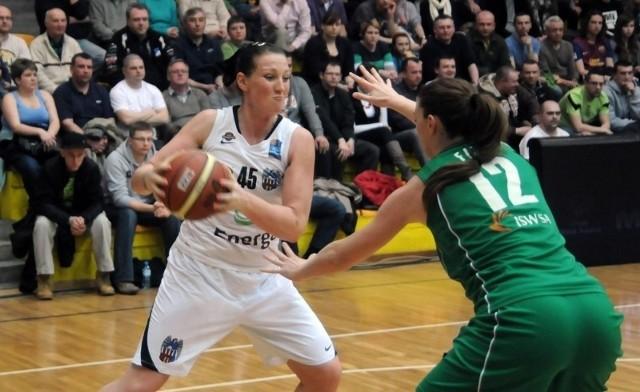Zmagająca się z kontuzją stawu skokowego Julie Page nie trafiła w Krakowie ani jednego rzutu z gry.