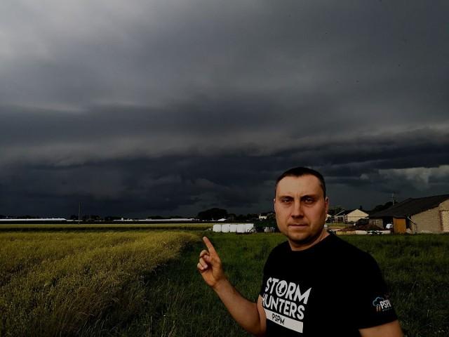 Przed nami tego lata jeszcze wiele dni z burzami i silnymi opadami - mówi Jarosław Turała