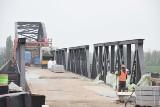 Stary most w Cigacicach. Jak przebiegają prace remontowe? Kiedy otwarcie przeprawy?