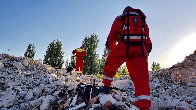 """Fundacja """"OPOLSAR"""" skupia się na prowadzeniu poszukiwań osób zaginionych poprzez Specjalistyczne Zespoły Poszukiwawczo-Ratownicze."""