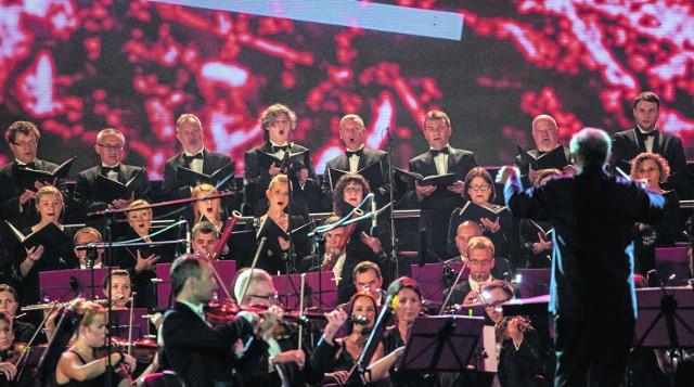 Koncert inauguracyjny w Operze Leśnej był wielkim widowiskiem, które swoje zadanie popularyzatorskie: przybliżenie twórczości Ludviga van Beethovena, wypełniło znakomicie