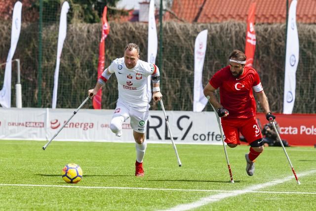 Mecz Polska - Turcja w amp futbolu na stadionie Prądniczanki Kraków