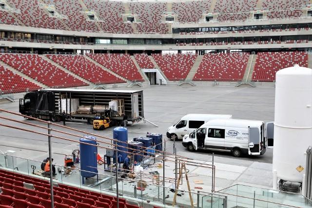 Na Stadionie Narodowym w Warszawie powstaje szpital tymczasowy. Zobacz kolejne zdjęcia. Przesuń zdjęcia w prawo - wciśnij strzałkę lub przycisk NASTĘPNE