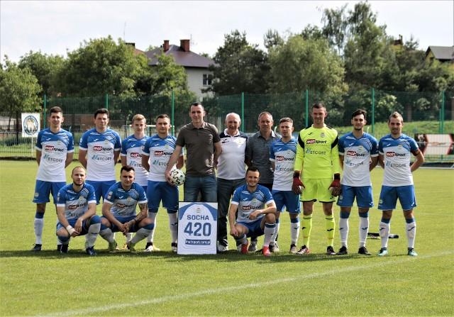 Damian Socha raz jeszcze stanął do zdjęcia z ekipą Igloopolu Dębica