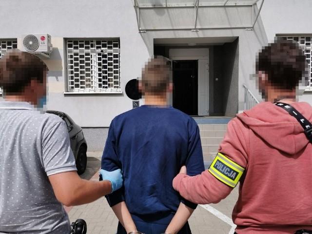 Podejrzany usłyszał dotąd 23 zarzuty. Sprawa jest jednak rozwojowa.