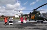 Wojskowy śmigłowiec wylądował przy Szpitalu Żywiec. Wzbudził niemałą sensację.