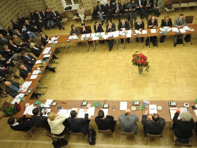 Radni zmniejszyli pensję prezydenta Opola.