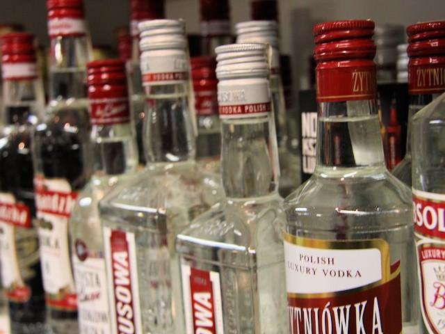 Pijana matka miała w organizmie niemal 2,5 promila alkoholu.