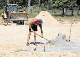 Sobolewo. Kończą się prace przy budowie hali sportowej.