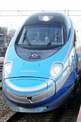 Pendolino śmiertelnie potrąciło 26-letnią kobietę. Pociąg jechał z Gdyni do Krakowa [WIDEO]