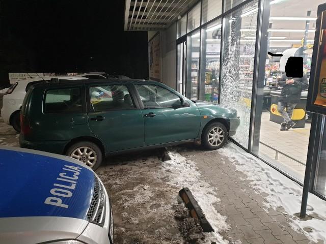 Kierowcą seata cordoby, który wjechał autem w szybę wystawową, był obywatel Ukrainy