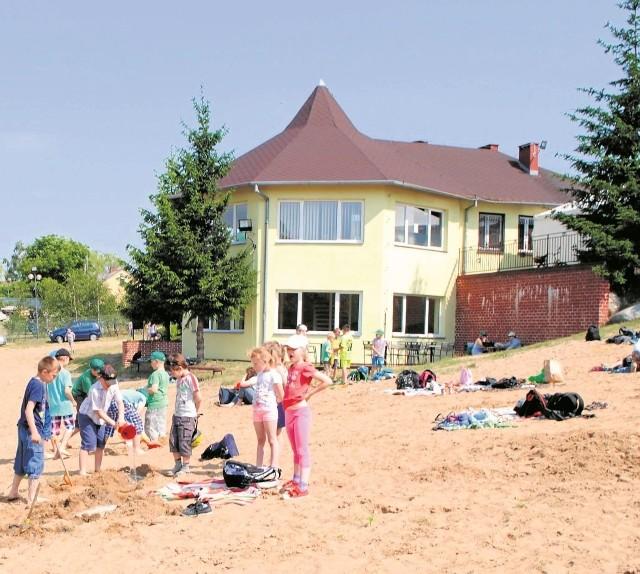 W piątek otwarto sezon turystyczny nad Jeziorem Grodno. W programie były m.in.zmagania sportowe i występy artystyczne.