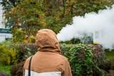 Po e-papierosy sięga coraz więcej nastolatków. Są rodzice, którzy nie widzą w tym nic złego