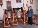 Nowe dzwony brzmią w Szczepankach w gminie Łasin. Zastąpiły zabytkowy dzwon, który pękł