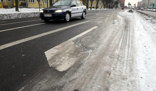 Oblodzone drogi w woj. śląskim 14 stycznia