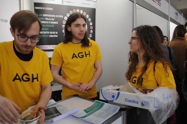 Absolwenci, a właściwie już studenci AGH, mają pracę w kieszeni. Popyt na nich jest ogromny i będzie rósł.