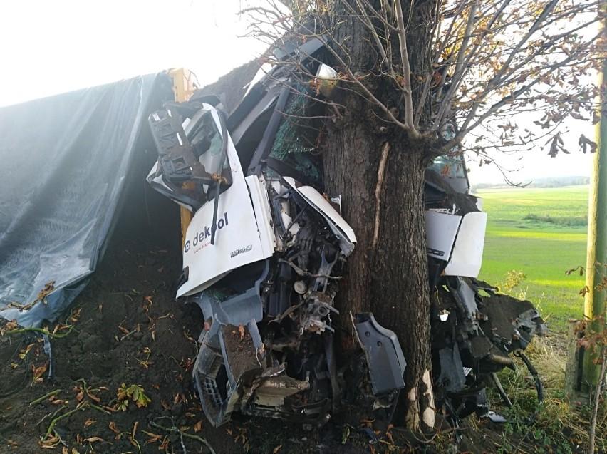 Śmiertleny wypadek w Gołębiewku na DW 222 06.10.10. Nie żyje...