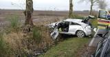 Wypadek koło Malczkowa w powiecie słupskim. Dachowało audi A3