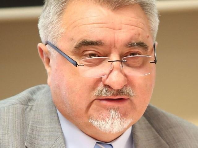 - Nie mamy już ani złotówki długu zewnętrznego – mówił we wtorek profesor Zbigniew Łukasik, rektor Uniwersytetu Technologiczno – Humanistycznego.