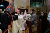 Abp Gądecki odprawił w Poznaniu mszę świętą w intencji bezdomnych przed kopią obrazu jasnogórskiego