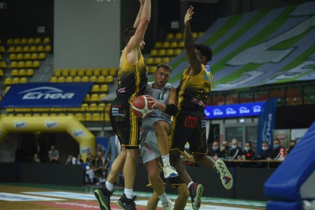 Koszykarze Stali Ostrów w ostatnich tygodniach imponują formą i skutecznością