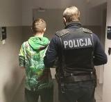 Policjanci zauważyli go, wracając z interwencji. 20-latek miał przy sobie marihuanę