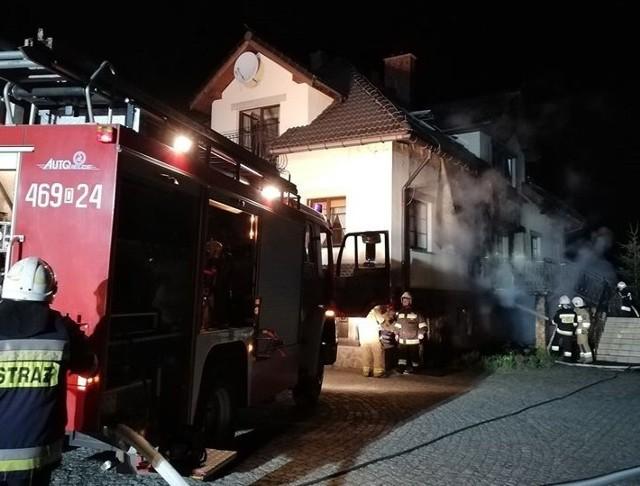Pożar Pensjonatu w Stroniu Śląskim. 10 zastępów straży w akcji