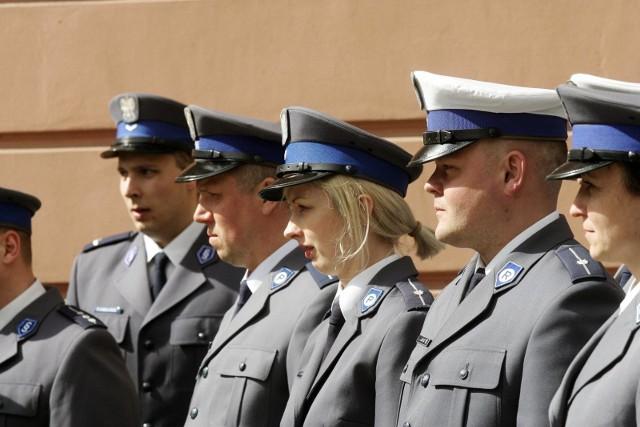 Policjanci z nowego posterunku policji w Świerzawie