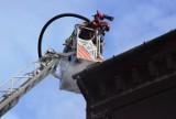 Pożar w Bielsku-Białej. Ogień wybuchł w kamienicy w centrum miasta. Strażacy ewakuowali mieszkańców