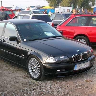 Oszuści obiecywali klientom m.in. tak luksusowe samochody jak bmw
