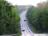 Bielsko-Biała. Zniszczona i niebezpieczna. Stara droga do Cieszyna stwarza zagrożenie. Samorządowcy apelują do marszałka o jej remont