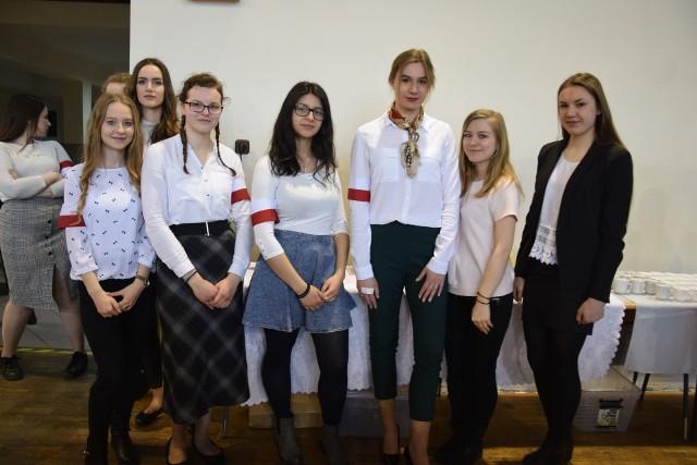 """IV Ogólnopolski Konkurs Recytatorski """"Baczyniak"""" odbył się w Liceum Ogólnokształcącym im. K.K. Baczyńskiego w Nowej Soli, 2 kwietnia 2019 r."""