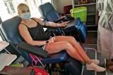 Koronawirus w Podlaskiem. Osocze ozdrowieńców na wagę złota. Możesz uratować życie oddając cenny płyn do centrum krwiodawstwa!