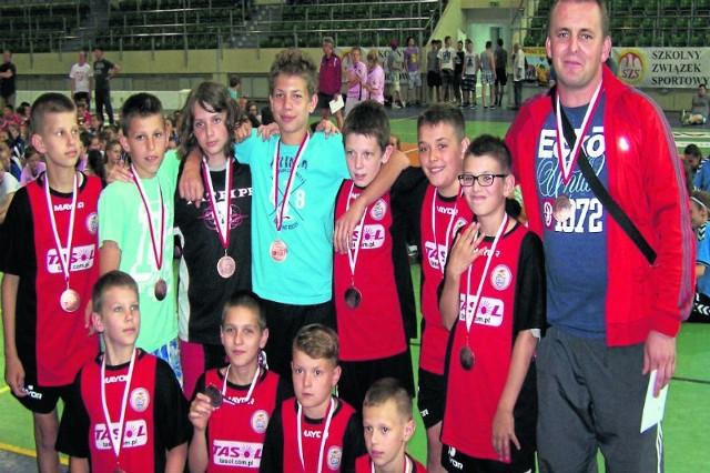 Reprezentanci SP nr 4 w Sanoku zajęli 3.  miejsce w Ogólnopolskich Igrzyskach Młodzieży Szkolnej Szkół Podstawowych w Unihokeju.