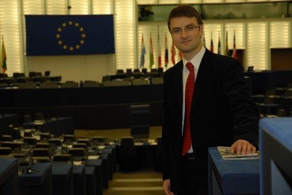 Według europosła Tomasza Poręby nie ma powodów, aby nowe kraje członkowskie były dyskryminowane w strukturach europejskich służb zagranicznych.