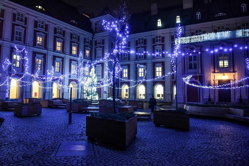 Poznań jest już gotowy na święta! Na ulicach miasta od kilku...