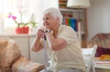 Zostańcie w domu, wasze życie jest zagrożone! Dlaczego seniorzy muszą na siebie uważać w czasie epidemii koronawirusa [rozmowa z lekarzem]