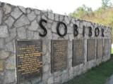 """77 lat temu wybuchło powstanie obozie zagłady w Sobiborze. """"Rzucili się na druty i miny. Przeżyli nieliczni"""""""
